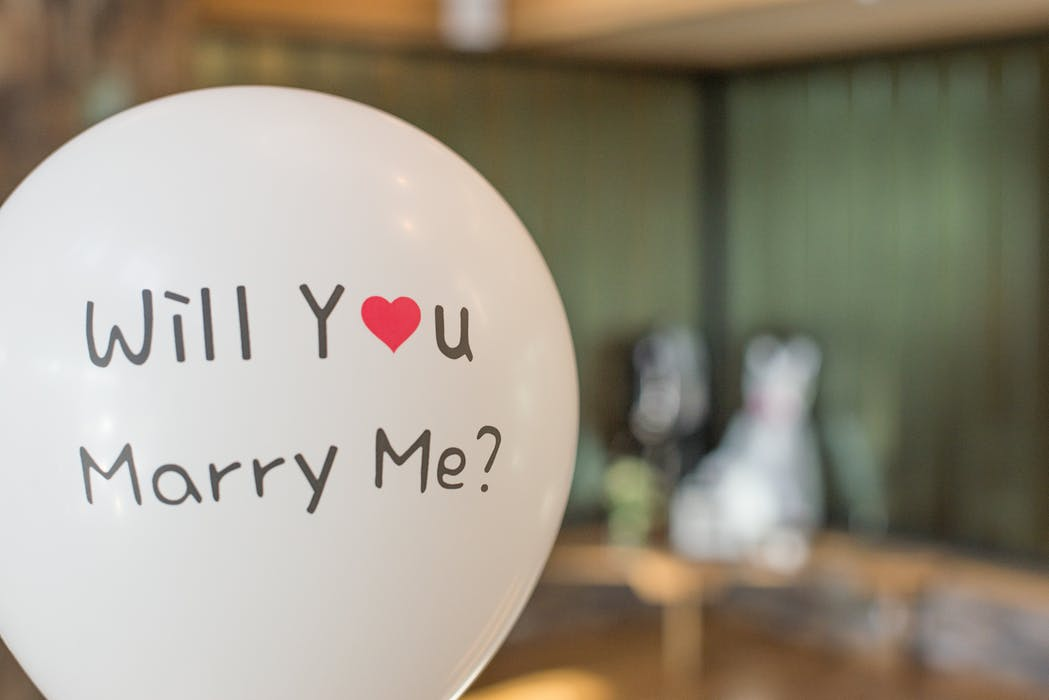 will you marry me printed balloons